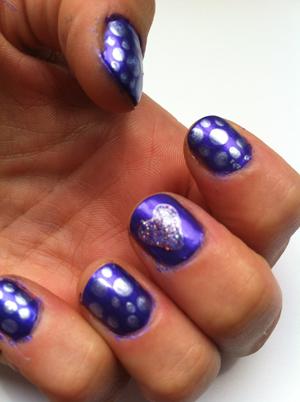 nail art purple nail polish