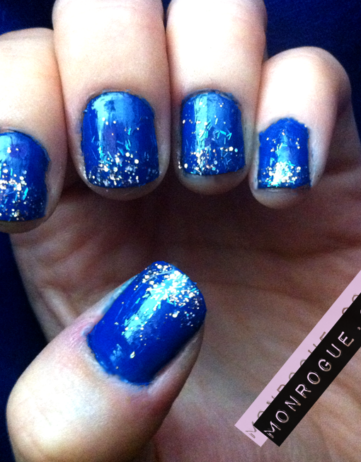Nail Designs: Blue Glitter Tipped Nails