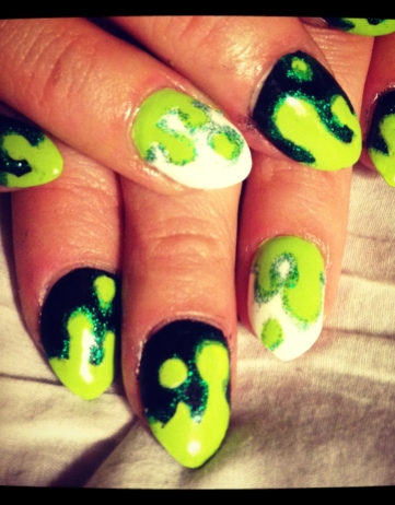 My Halloween Nails 2013: Slime!
